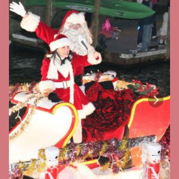 Naples-island-boat-parade-2016---1